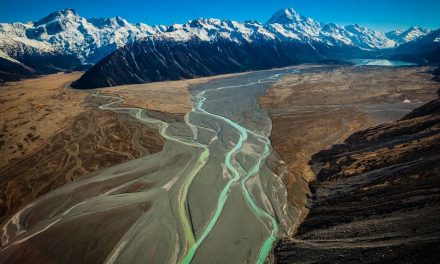 Tasman River – Mt Cook
